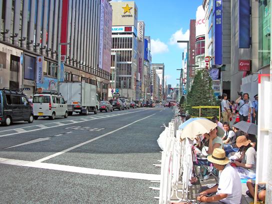 120820パレード待1.jpg