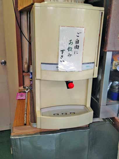 130724今井橋そば冷水機.jpg
