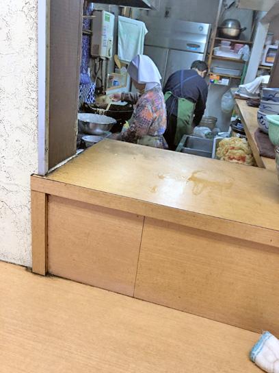 190223長寿庵厨房作成中1.jpg
