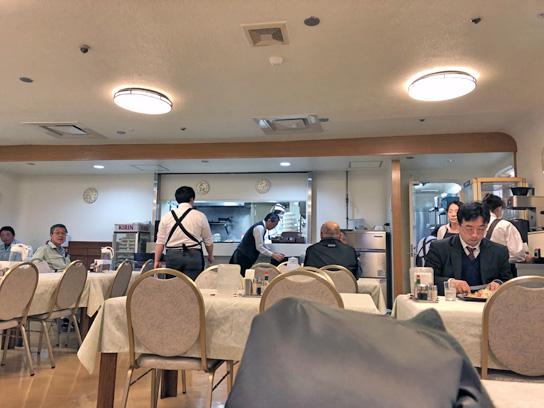 190329中央区役所グリル店内.jpg