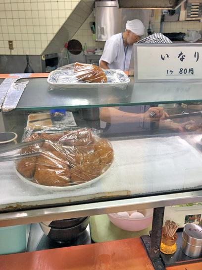 190906六文神田須田町厨房作成中.jpg