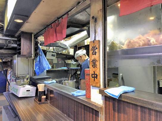 200601文殊浅草厨房作成中.jpg