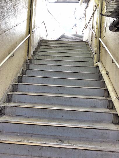 200601文殊浅草天国への階段.jpg