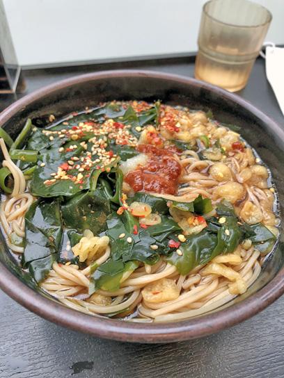 200623太郎豊洲三陸若布そばコロ3.jpg