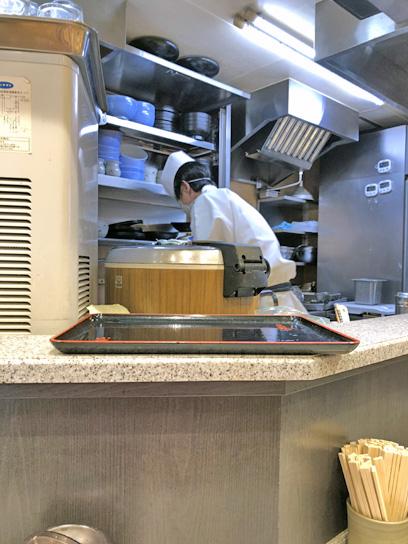 200722小諸神田厨房作成中2.jpg