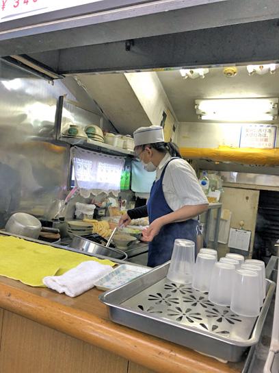 200830都そば高砂厨房作成中.jpg