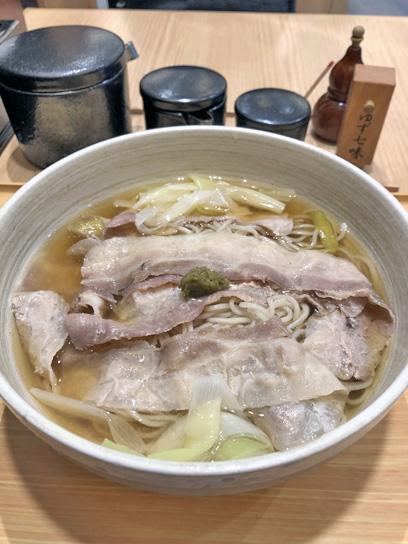 201015小諸歌舞伎香味肉そば大盛1.jpg