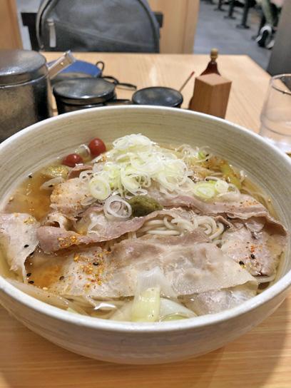 201015小諸歌舞伎香味肉そば大盛2.jpg