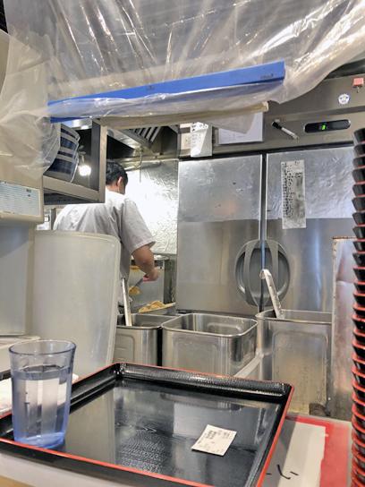 210523おにやんま日本橋厨房作成中2.jpg