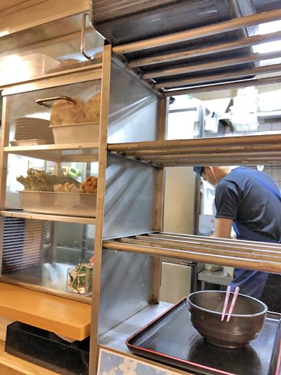 210917よもだ銀座厨房作成中2.jpg